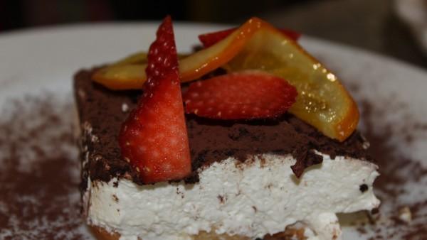 citrus-tiramisu-best-seafood-desserts-restaurant-valencia-spain