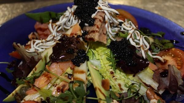 house-salad-seafood-restaurant-valencia-spain