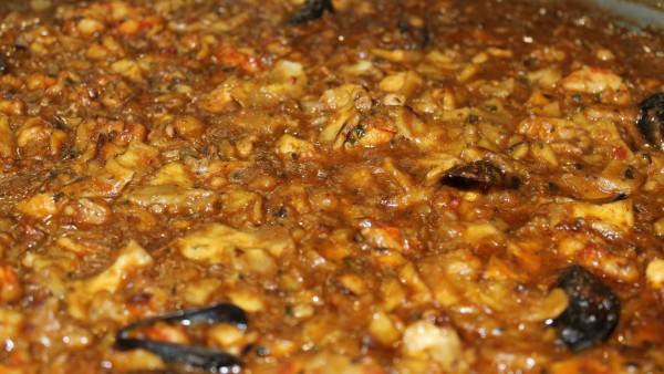 seafood-gazpacho-manchego-rice-paella-restaurant-valencia-spain